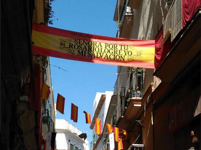 Pancarta religiosa ayuntamiento Cadiz 2017 b