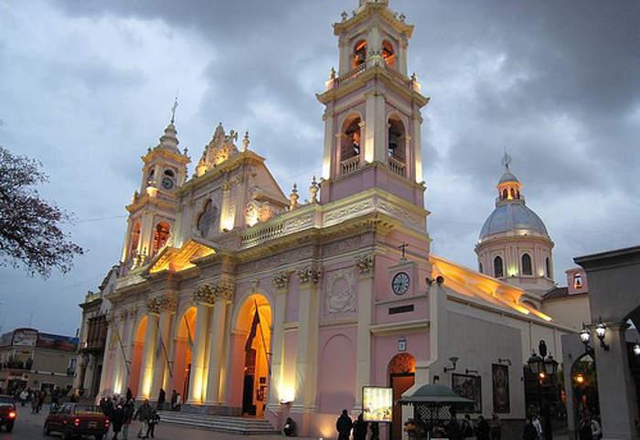 Resultado de imagen para catedrales de provincias argentinas