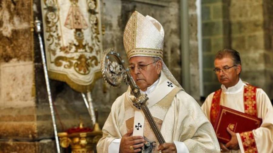 El cardenal y arzobispo de Valladolid ha señalado que la gente desea «contribuir con su esfuerzo al bien de la sociedad» y que estar «subvencionados» no se lo va a permitir.